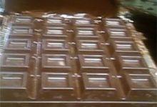 fabrique son propre chocolat!