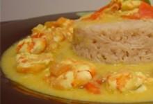 Gambas lait de coco au curry et riz au thé de K'ro
