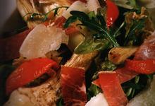 Salade de mesclun aux artichauts poivrade, prisuttu et tome corse