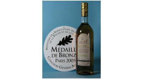 Ce pineau blanc des Charentes est médaille de bronze au concours général agricole 2005.