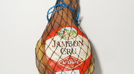 Jambon cru avec os