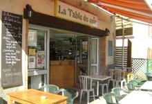 """CafÉ Des Sports """"La Table Du Coin"""""""
