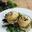 Burger de volaille, fourme d'Ambert, oignons confits à la prune