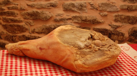 Jambon sec avec os