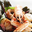 Coquilles St-Jacques et langoustines sur lit d'algues wakamé