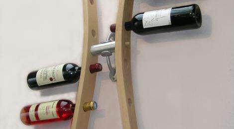 support bouteilles, range bouteilles,porte bouteilles, réalisé en douelle de tonneaux ( merrain), recyclage de barriques