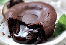 Moelleux au Chocolat servi avec un Rasteau Grenat