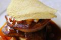 Foie gras de canard poêlé  Purée de tamarin, confit de pomme-poire à l'anis étoilé