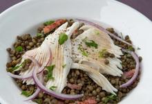 Salade tiède de raie aux lentilles