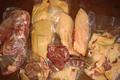 Canard entier découpé avec foie gras
