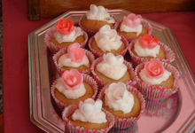 Petit gâteau fraise et fleur de sureau sans gluten