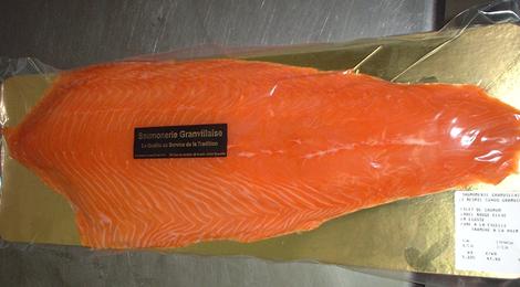 filet de saumon fumé tranché