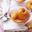 Abricots de nos régions pochés au sirop de cassis vanillé