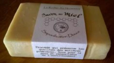 le rucher des noisetiers, savon au miel