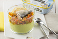 Verrine multicolore à la Sardine nature et sa rondelle de citron Connétable