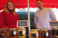 Doriane et Valentin Chenier, apiculteurs