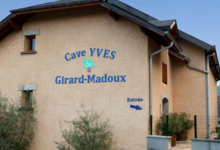 Doamine de la Pierre Bleue, Yves Girard-Madoux