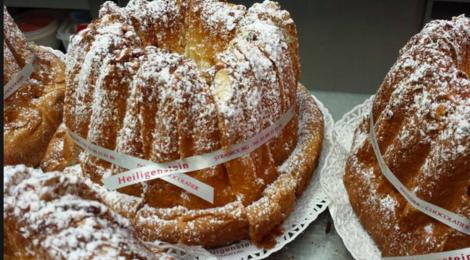 Pâtisserie Heiligenstein. Kougelhopf (ou kouglof) d'Alsace