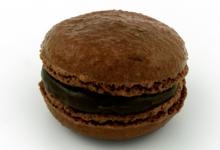 Aux petits caprices. Macaron chocolat