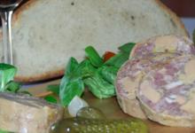 Ferme Caussanel. Cou de Canard Farci 30% de Foie Gras de Canard