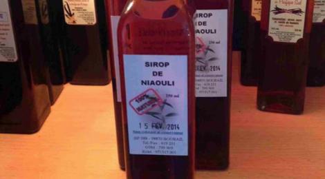 Distillerie de Nessadiou. sirop de niaouli
