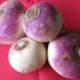 Ferme Cimetière. navets ronds violet