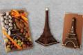 A Trianon, chocolatier confiseur. Tour Eiffel en chocolat