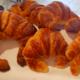 Boulangerie-pâtisserie arguais. croissants