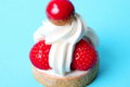 Acide Macaron. Fraise et rose