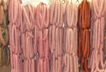 Boucherie Laiguillon. saucisses