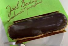 Patisserie Joel Boulay. Eclair au chocolat