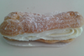 Boulangerie Perreau. Eclair chantilly