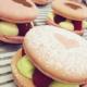 Macaron pistache framboise et chocolat blanc framboise
