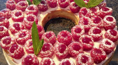 Sacrées Pâtisseries de Zoé Petit. Tarte aux framboises