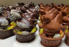 Chocolats Charpot. SARL Brocheton. Poules