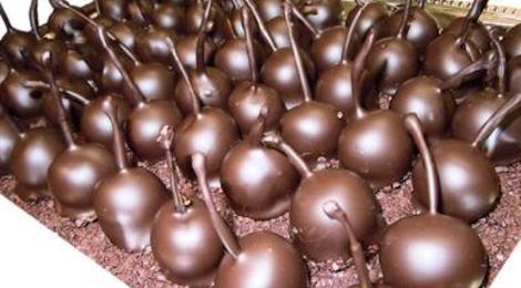 Sylvain Mussy. Maître artisan chocolatier. Griottes