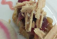 Tartine de copeaux de foie gras & crème de Pineau des Charentes.